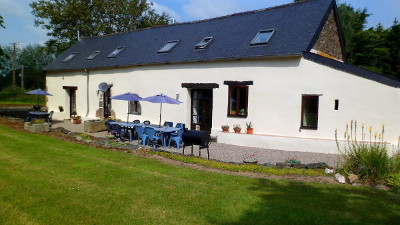 Holidays in brittany france maison madeleine self catering - Swimming pool marie madeleine lyrics ...