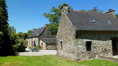 Lustruyen Cottage & Farmhouse self-catering cottages